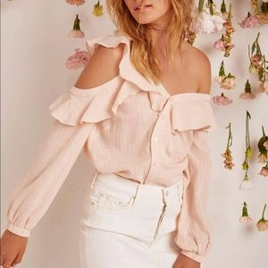ASTR Off The Shoulder Ruffle Blouse